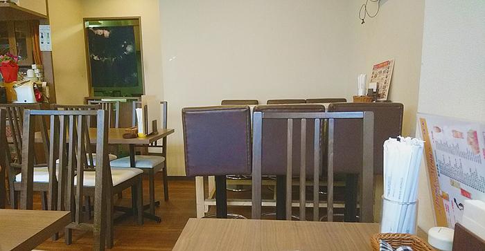 赤羽カレーランチで行ったASIAN DINING BLOOM(ぶるーむ)の店内