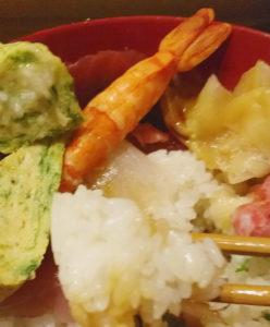 赤羽ランチで食べた寿司こまさの大漁ちらしランチのシャリ