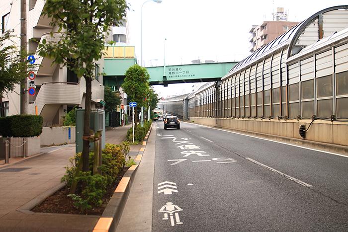王子駅から池袋駅への道