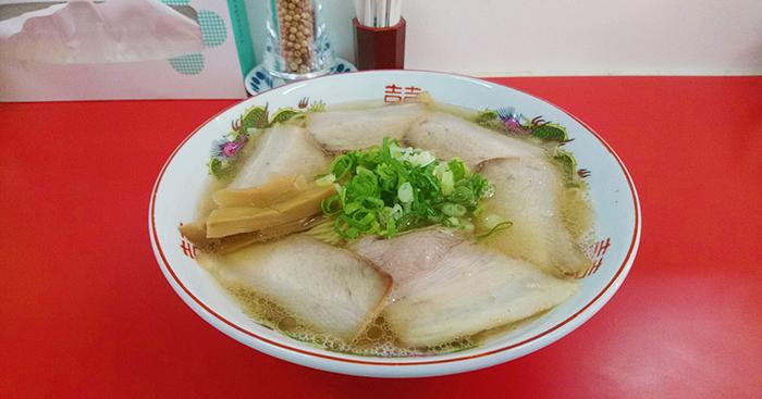 尾久駅前の中華そば竹千代さんのチューシュー麺