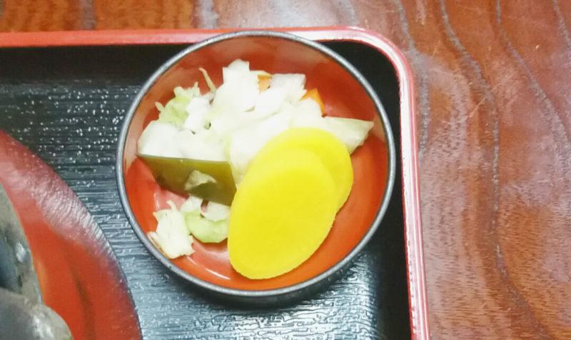 王子の登喜川さんのうなぎ柳川風定食のお新香