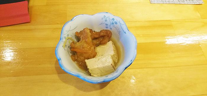 赤羽天ぷらの愛喜楽のランチに出てくる小鉢