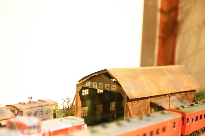 田端のそば処浅野屋の鉄道模型