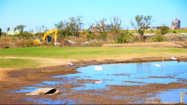 荒川土手のゴルフ場