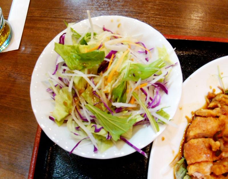 赤羽の鴻祥軒のサラダ