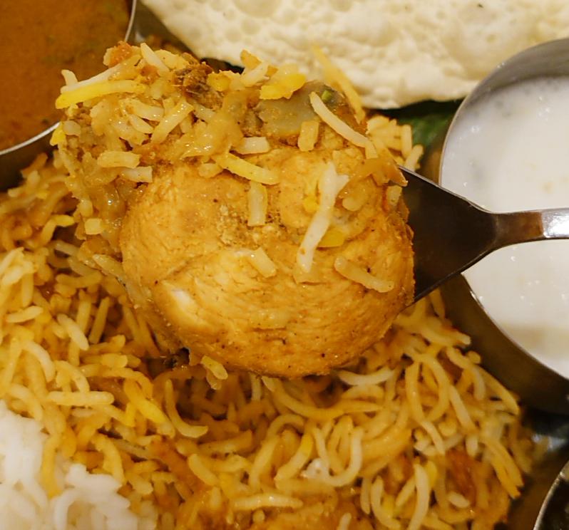 十条カレーリーブス南インドのチキンと野菜のカレーセット