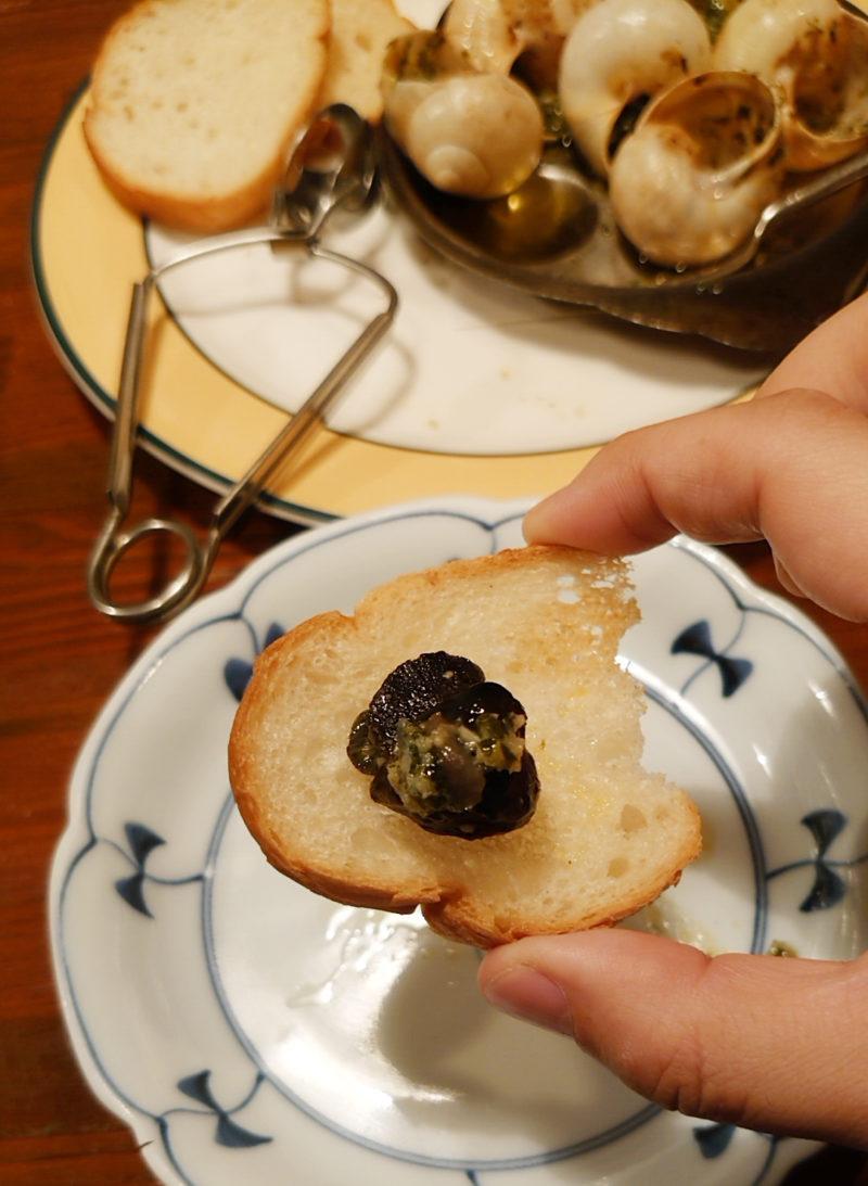 十条の吉良亭エスカルゴのガーリックバター焼き