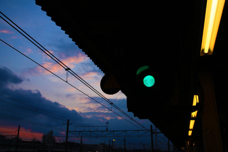夕暮れの尾久駅