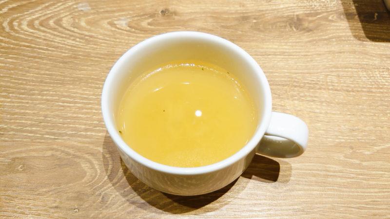 神田の肉バルRUMP CAP 赤羽店のスープ
