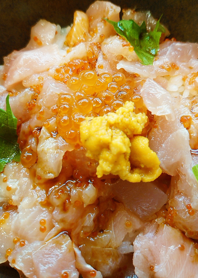 旬の海鮮丼
