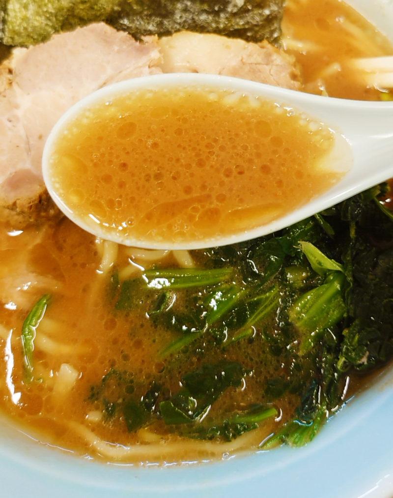 おうじ家ラーメンのスープ