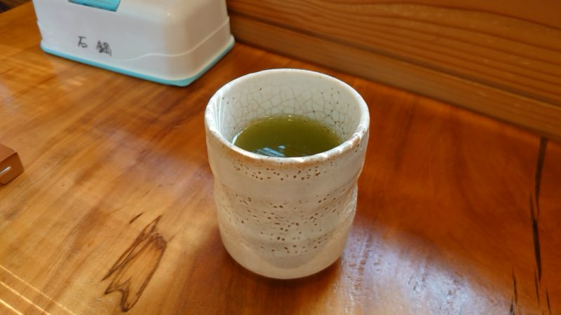王子 石鍋商店のお茶