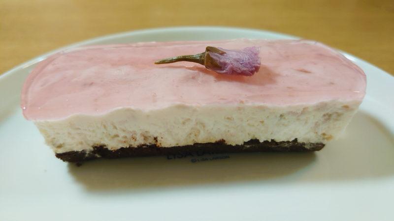 かくれんぼ 桜チーズケーキ