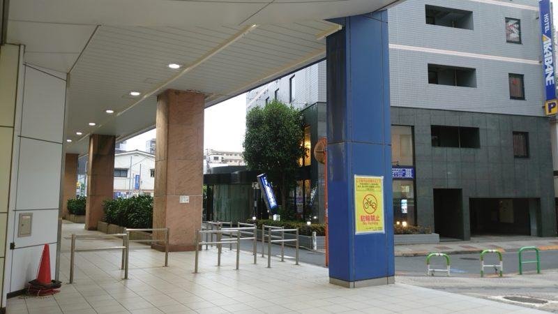 JR赤羽駅のツバメの巣