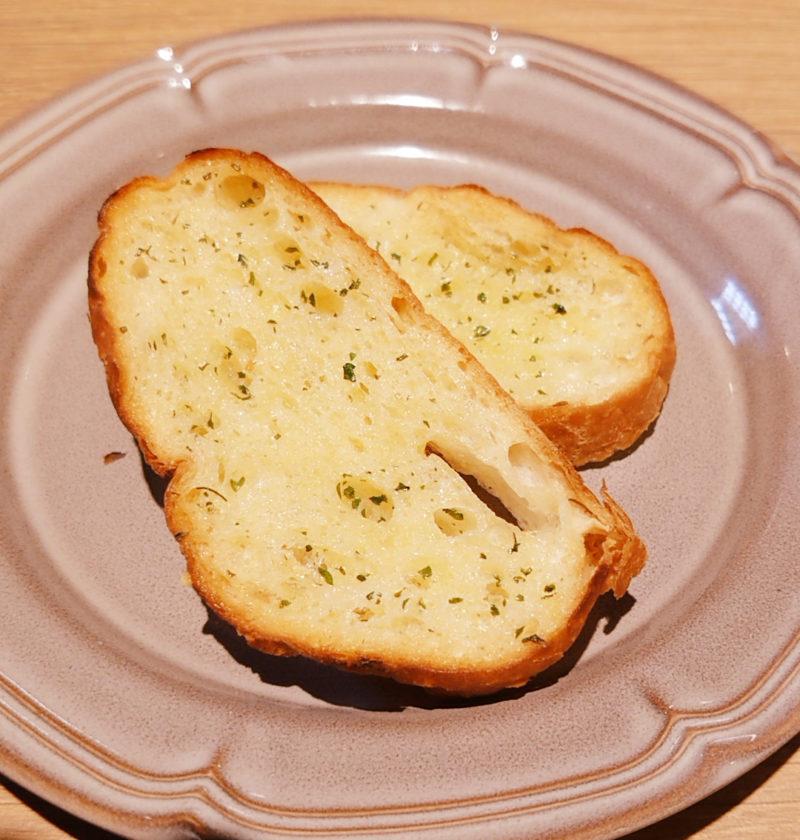 十条ピアンタ 薄切りガーリックトースト