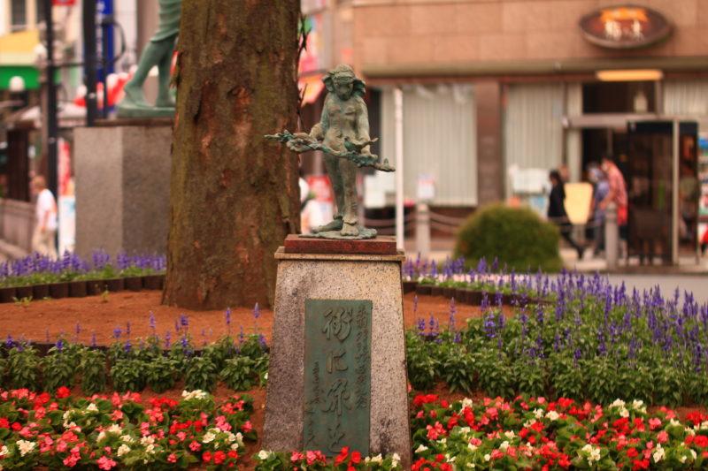 赤羽東口 花壇