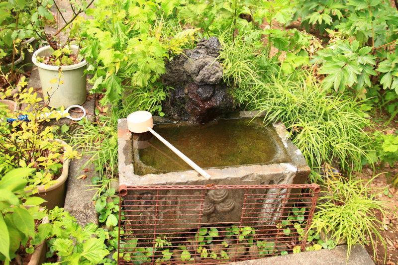 王子稲荷神社 手洗い桶