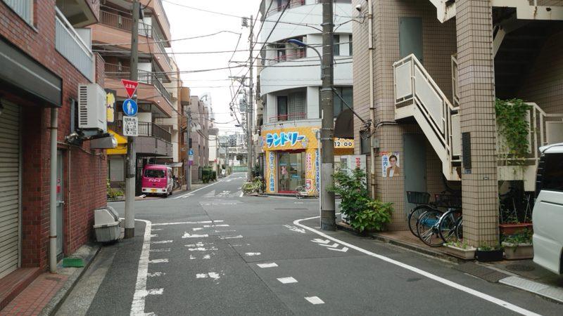 自家製熟成麺 吉岡 田端店への行き方