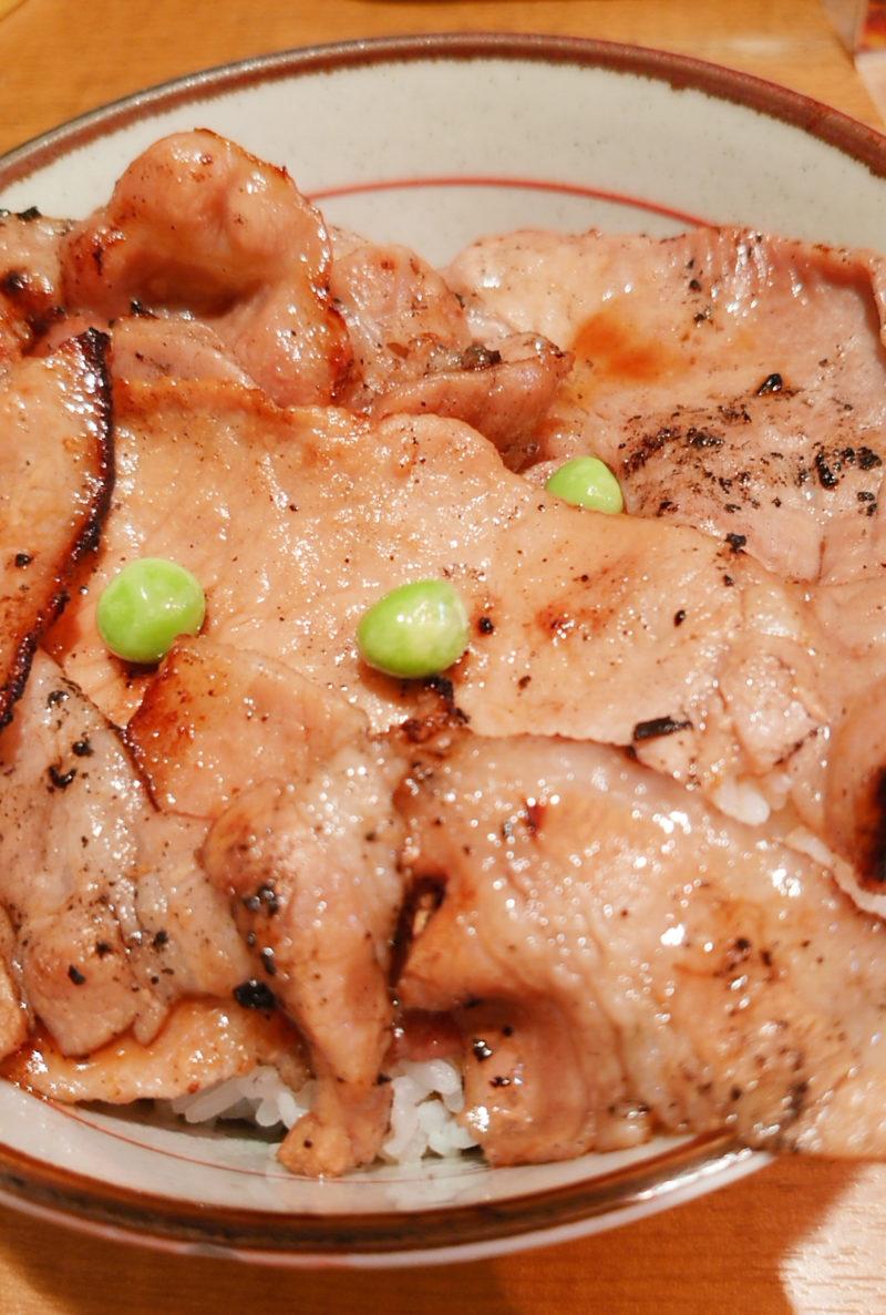赤羽 炭火豚丼和とん ミックス