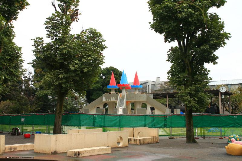 飛鳥山 お城の滑り台