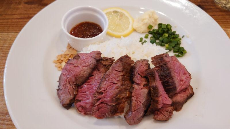 赤羽大衆肉ビストロLit ランチ 熟成ハラミプレート