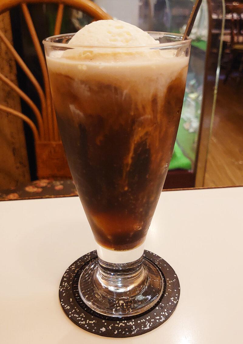 梅の木新館 コーヒーフロート