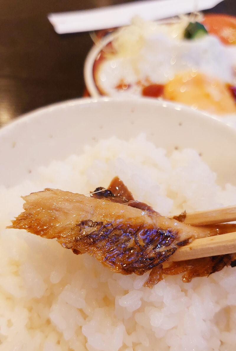 喫茶店しゃとう 魚定食 さんまのひらき